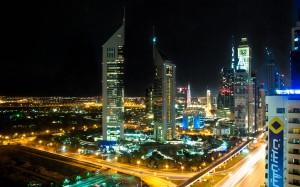 Dubai bei Nacht v1